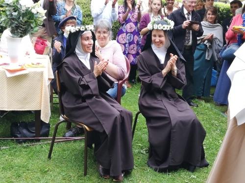 deux soeurs.jpg